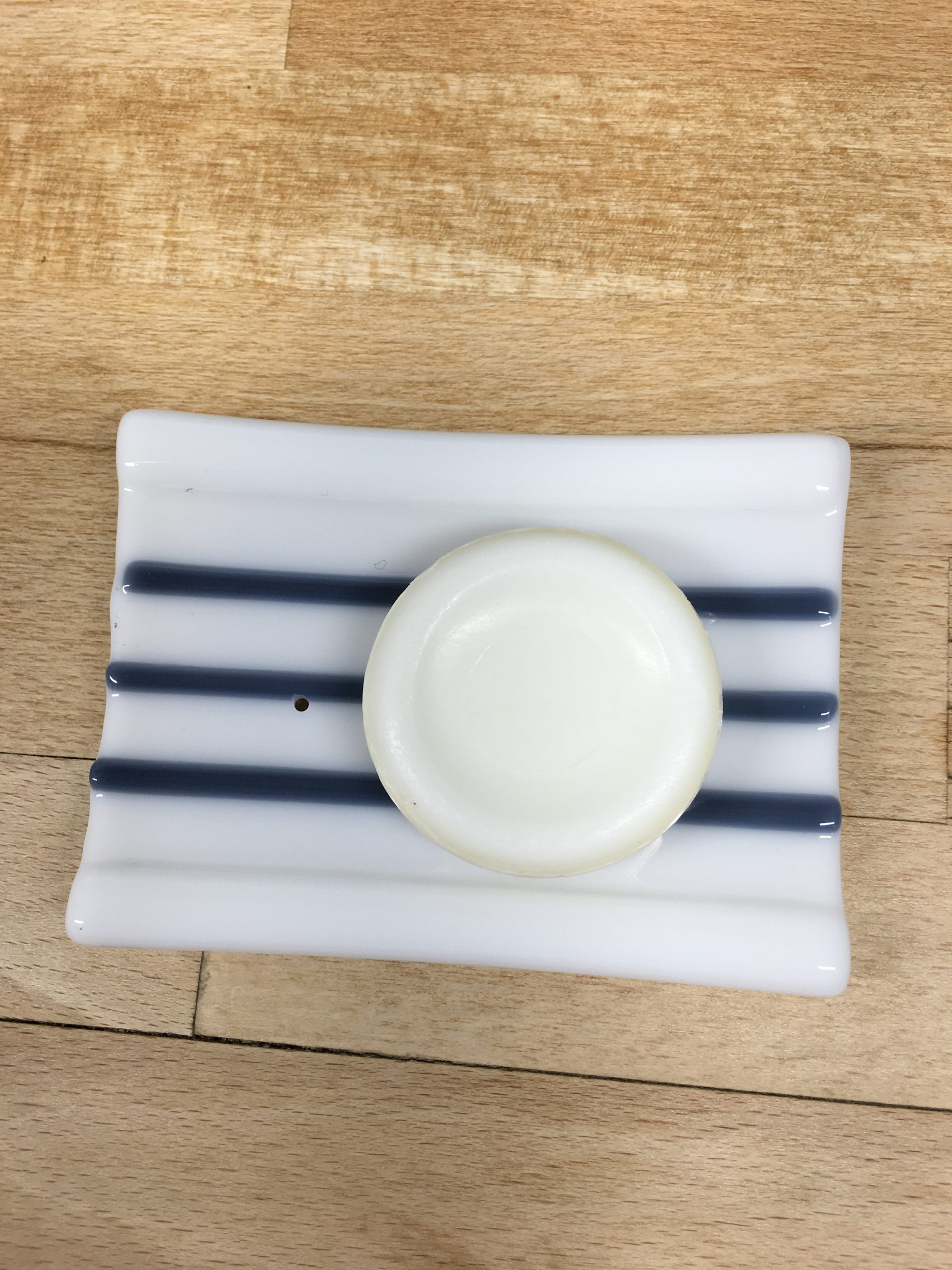 Grey & White Soap Dish