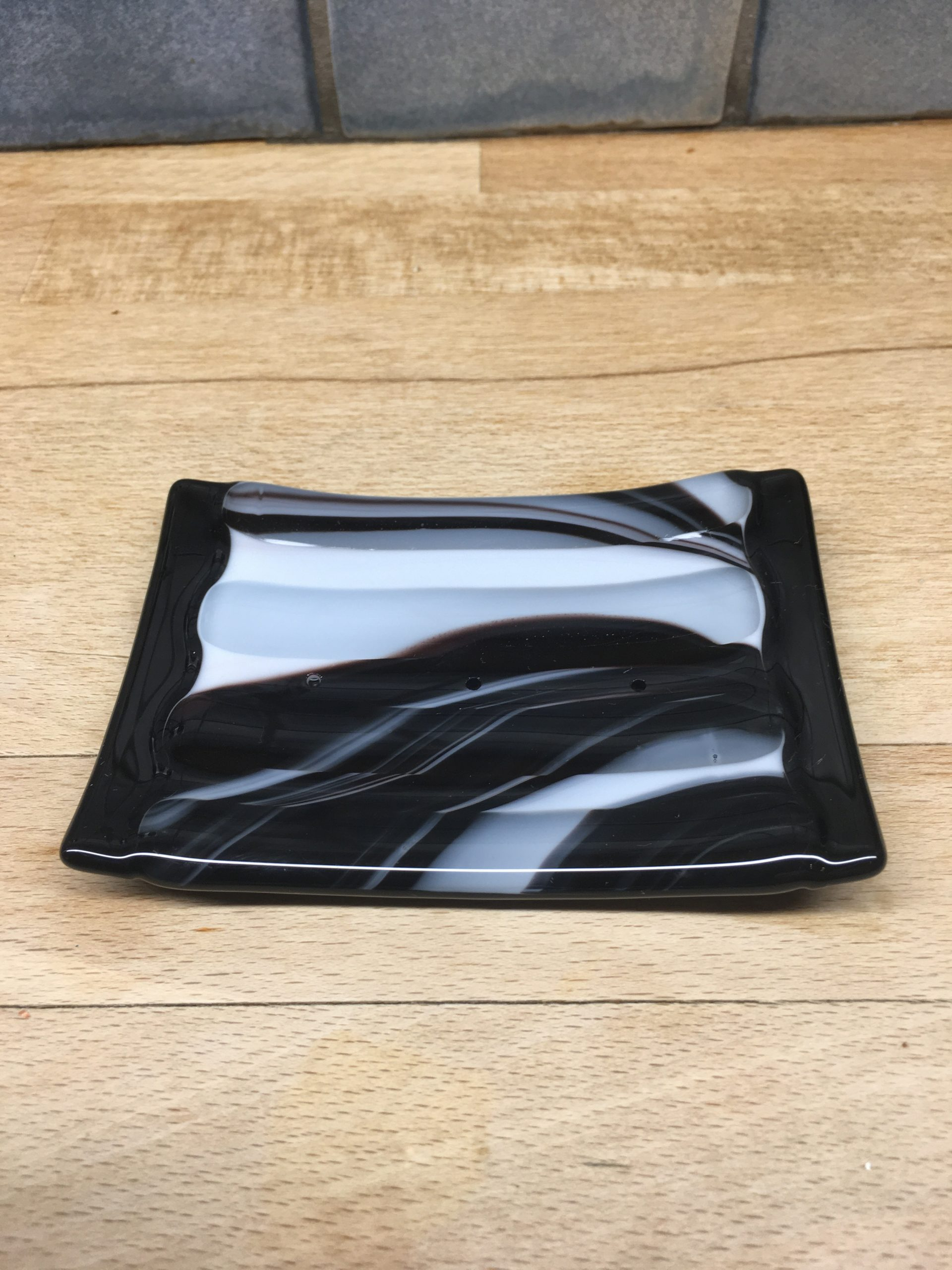 Black & White Soap Dish